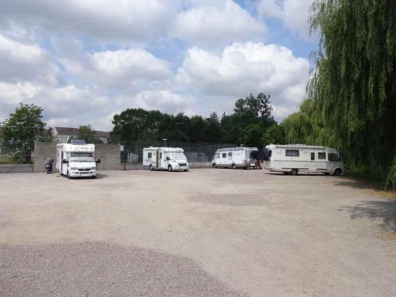 Aire De Camping Car Saint Pourcain