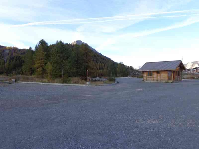 05 montgen vre photos aires service camping car stationnement pour camping car visites - Montgenevre office tourisme ...