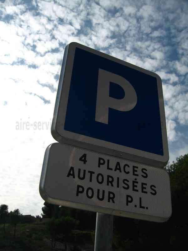 Aire De Stationnement Camping Car Sausset Les Pins