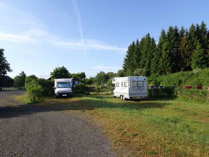 15 - allanche - photos - aires service - camping-car