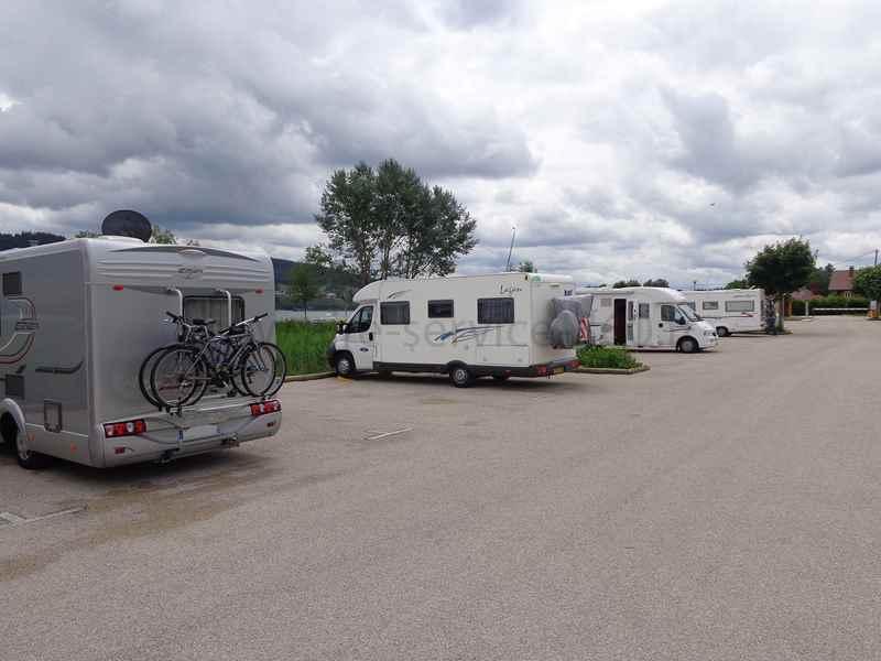 Aire De Repos Gratuite Pour Camping Car