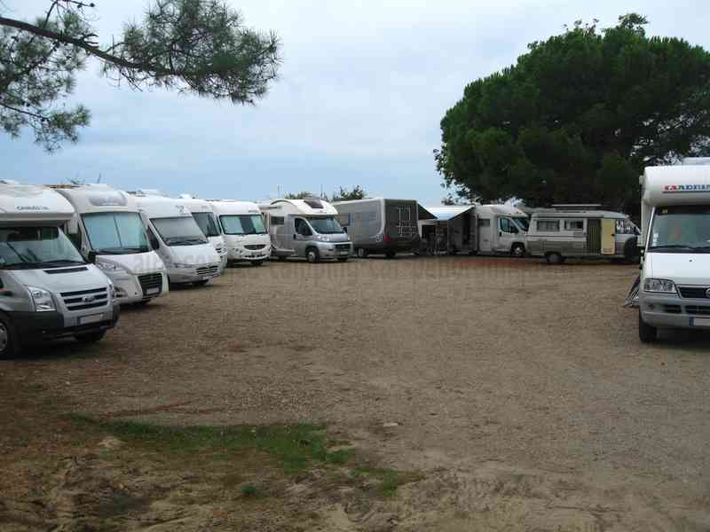 Gironde Aire Camping Car
