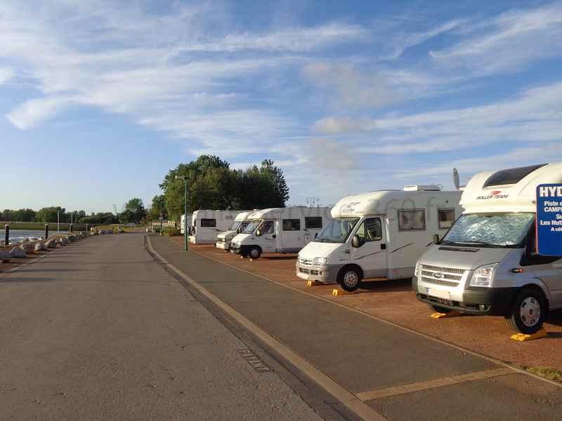 59 gravelines photos aires service camping car - Aire de stationnement camping car port la nouvelle ...