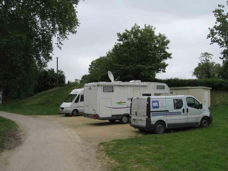 82 valence d 39 agen photos aires service camping car stationnemen - Villeroy et boch valence d agen ...