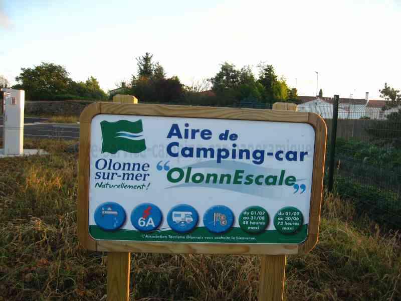 85 olonne sur mer photos aires service camping car for Piscine des chirons olonne sur mer